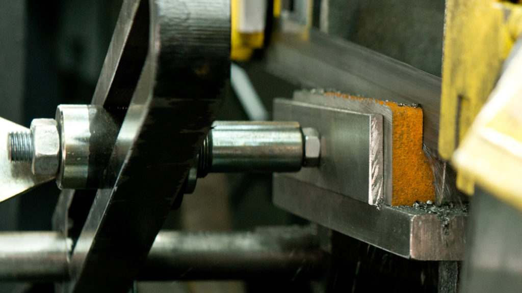 Destructive material testing for the industry of tomorrow